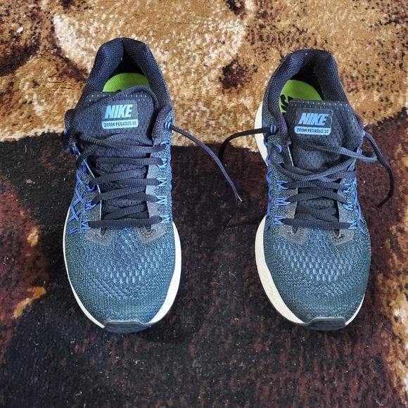 Nike Shoes | Pegasus Women Size 9